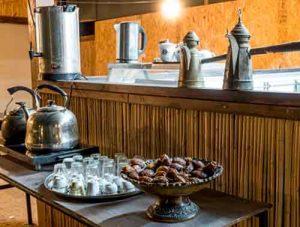 פינת קפה חאן שירת הערבה